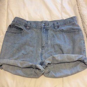 32' waist shorts